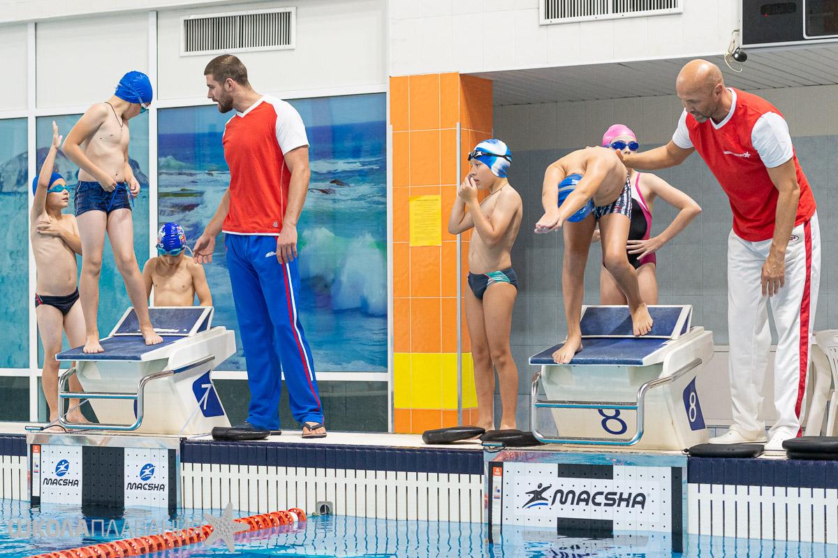 Евгений Лагунов и Владимир Сельков провели тренировку в Школе Плавания Mad Wave